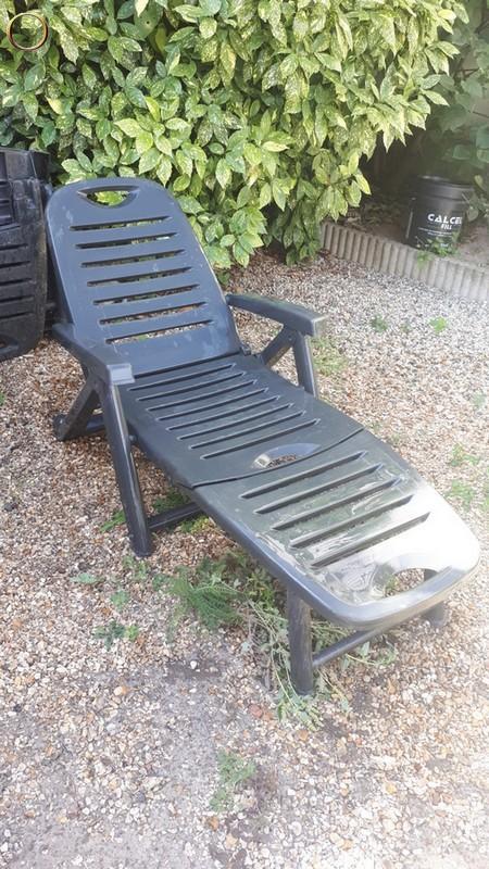 Lot de deux transats de jardin - chaise longue - Ile de FRANCE