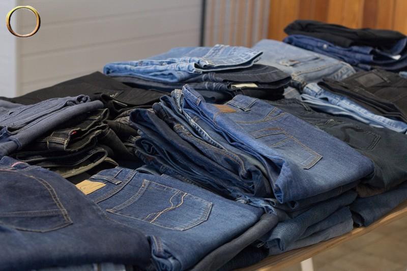 Lot de Jeans en gros