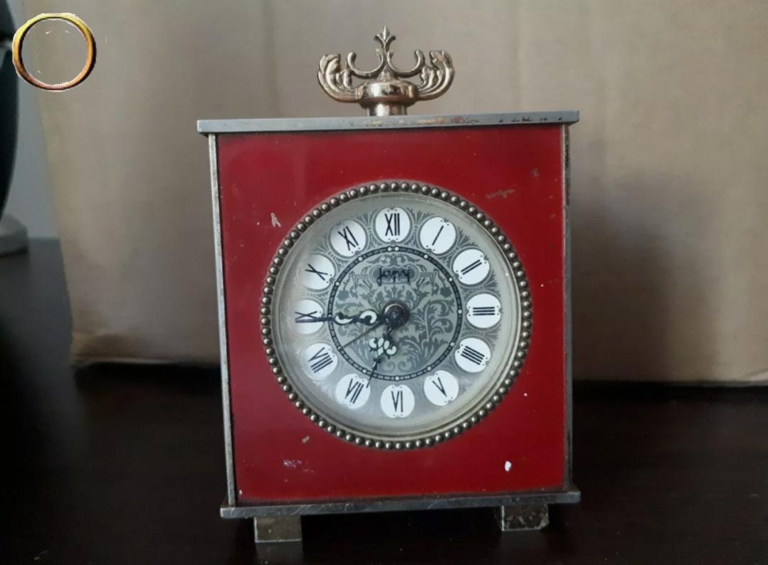 Réveil mécanique JAPY - rouge - collection