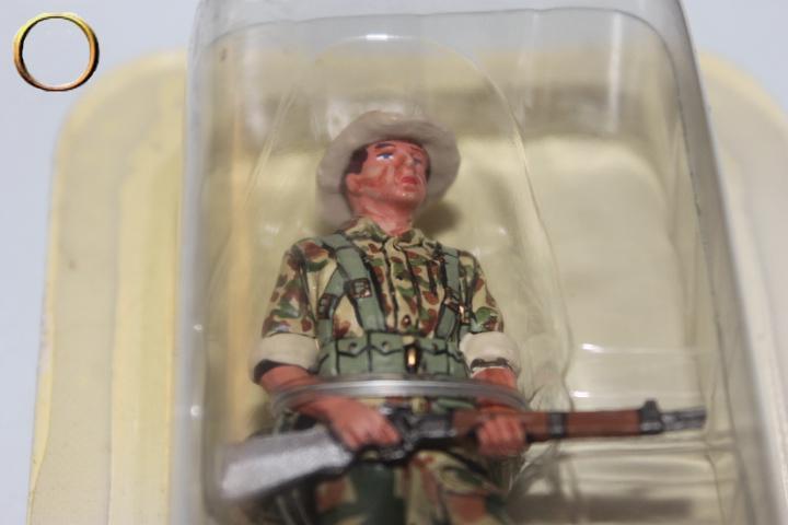 Soldat sous blister - LEGION ETRANGERE LEGIONNAIRE DU 1er BEP en 1950 N° 1 au 1/32ème
