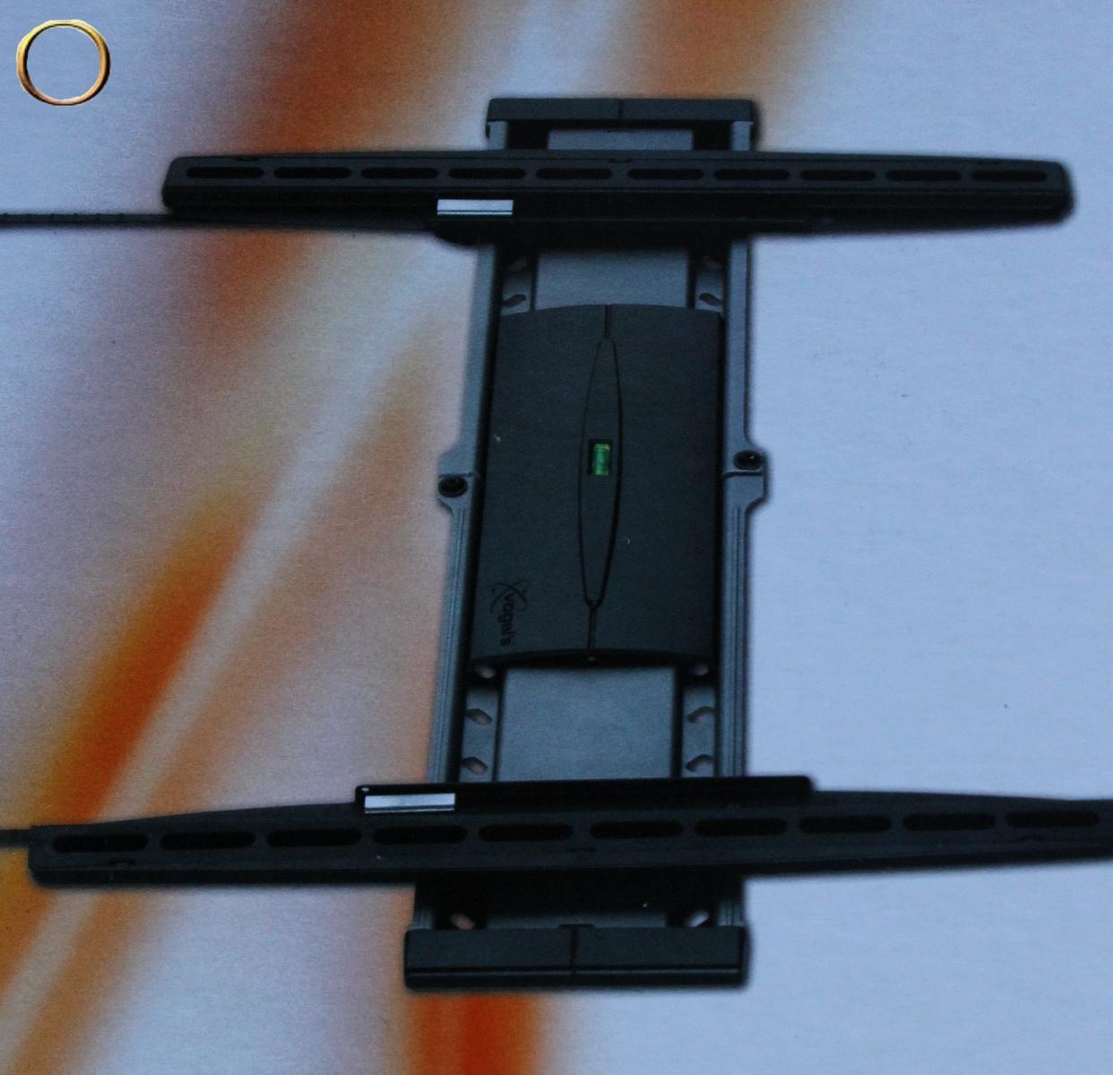 Kit fixation murale - Support TV au mur pour télé 81 à 140cm - Vogel's EFW 8206