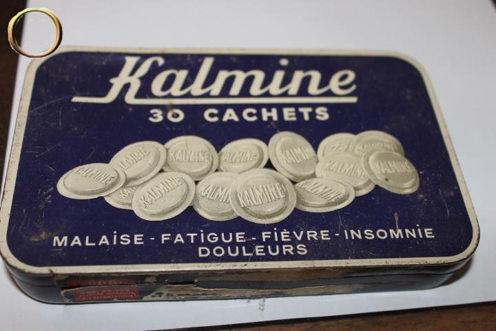 Boîte en métal ancienne pour collection - KALMINE