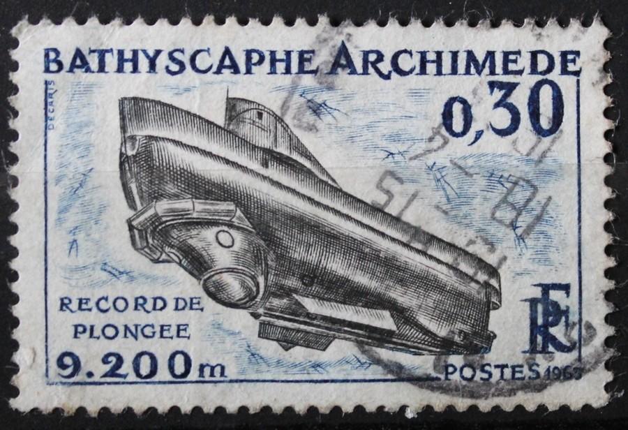 Timbre 0,30 F BATHYSCAPHE ARCHIMEDE